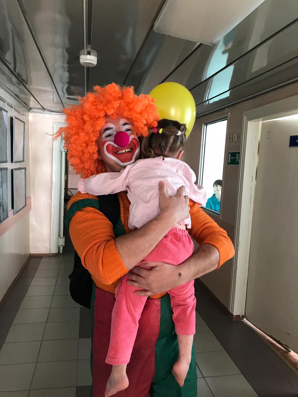 Ульяновские добряки провели праздник для пациентов больницы