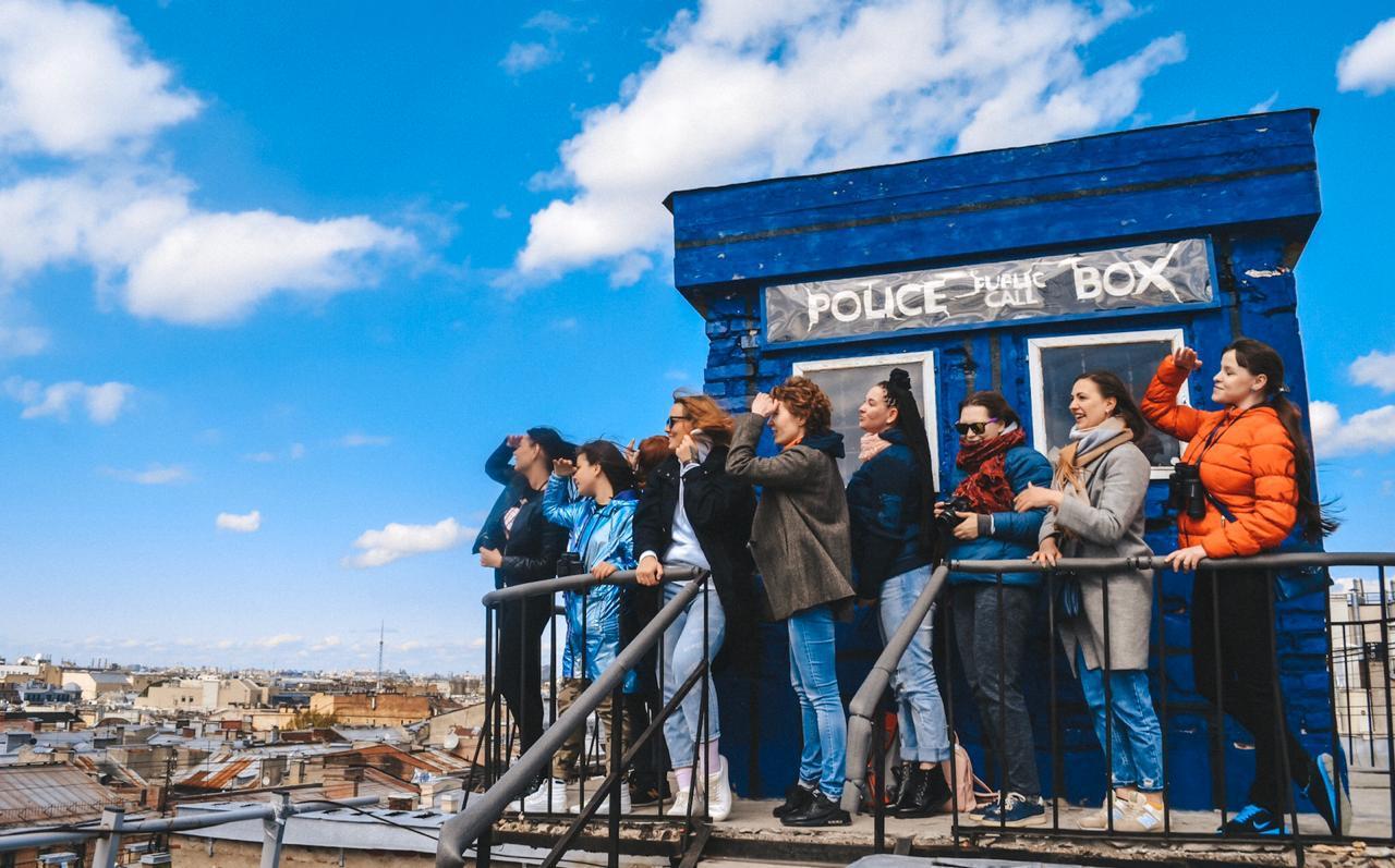 В Петербурге мамам особенных детей устроили экскурсию по крышам