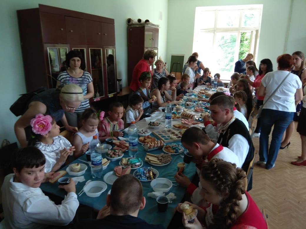 Ульяновские добряки угостили воспитанников детских домов