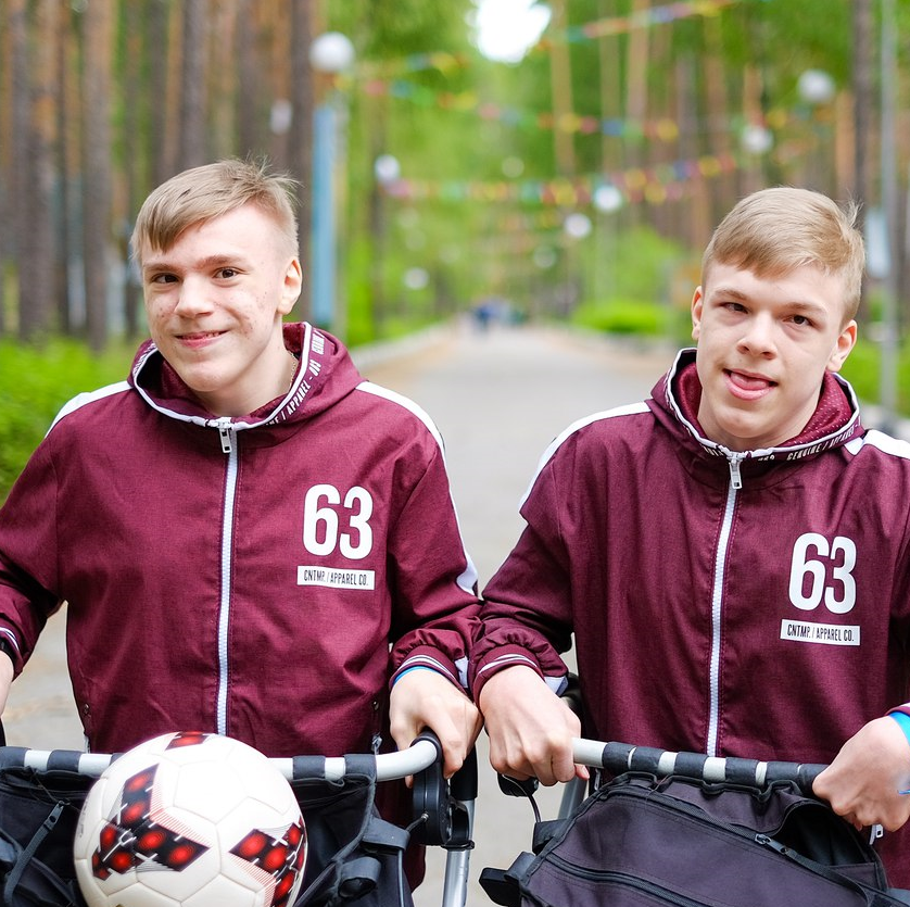 Данил и Ярослав Спиридоновы