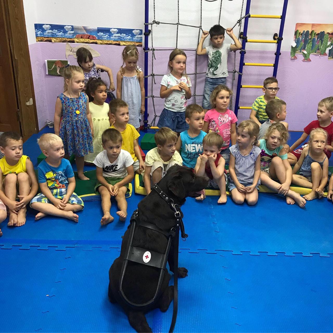 Волонтеры провели урок доброты в инклюзивном детском саду