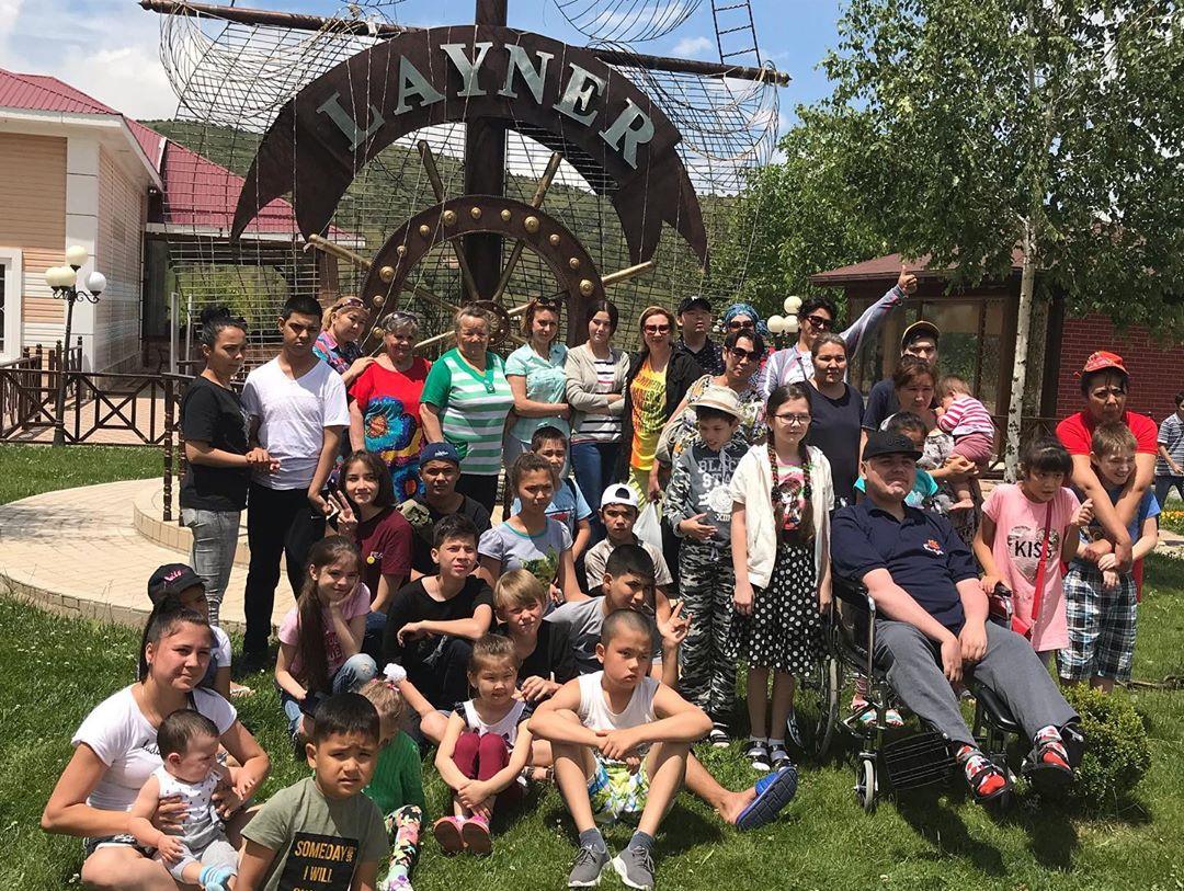 Добряки устроили отдых семьям с особенными детьми в Ташкенте
