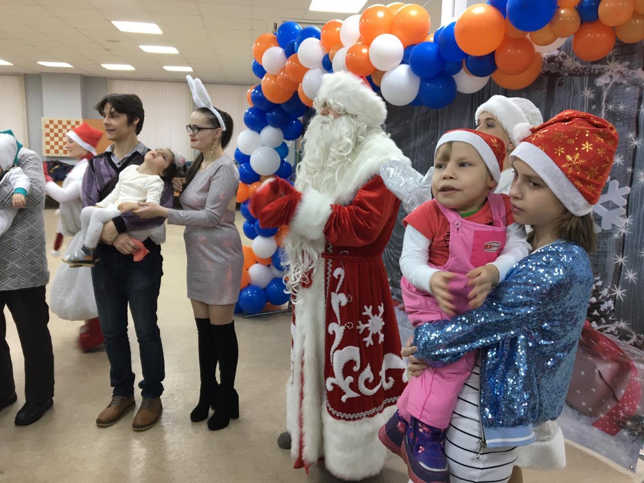 В Архангельске прошла особая ёлка для детей с ОВЗ