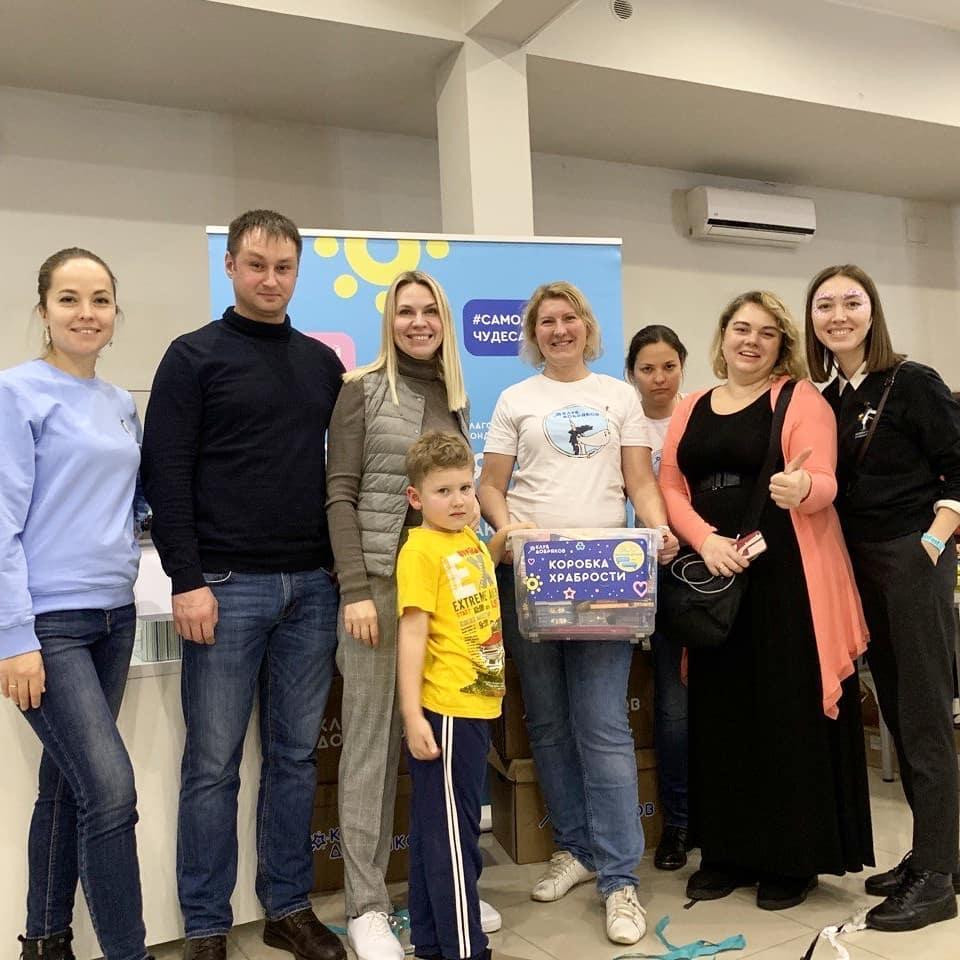 """Добряки Москвы собрали 25 коробок подгузников и игрушек на """"Mama Club Fest"""""""