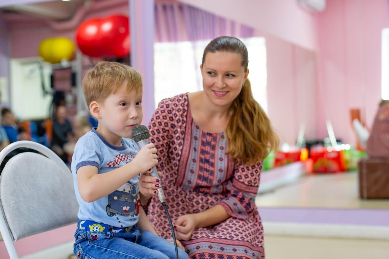 Юрист Клуба добряков помог семье добиться предоставления ассистентов для детей с ОВЗ
