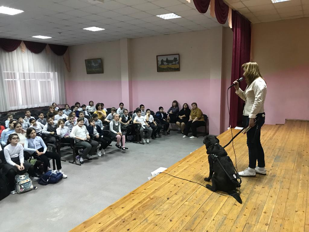 Ростовские добряки провели инклюзивный урок доброты в поселке Чалтырь