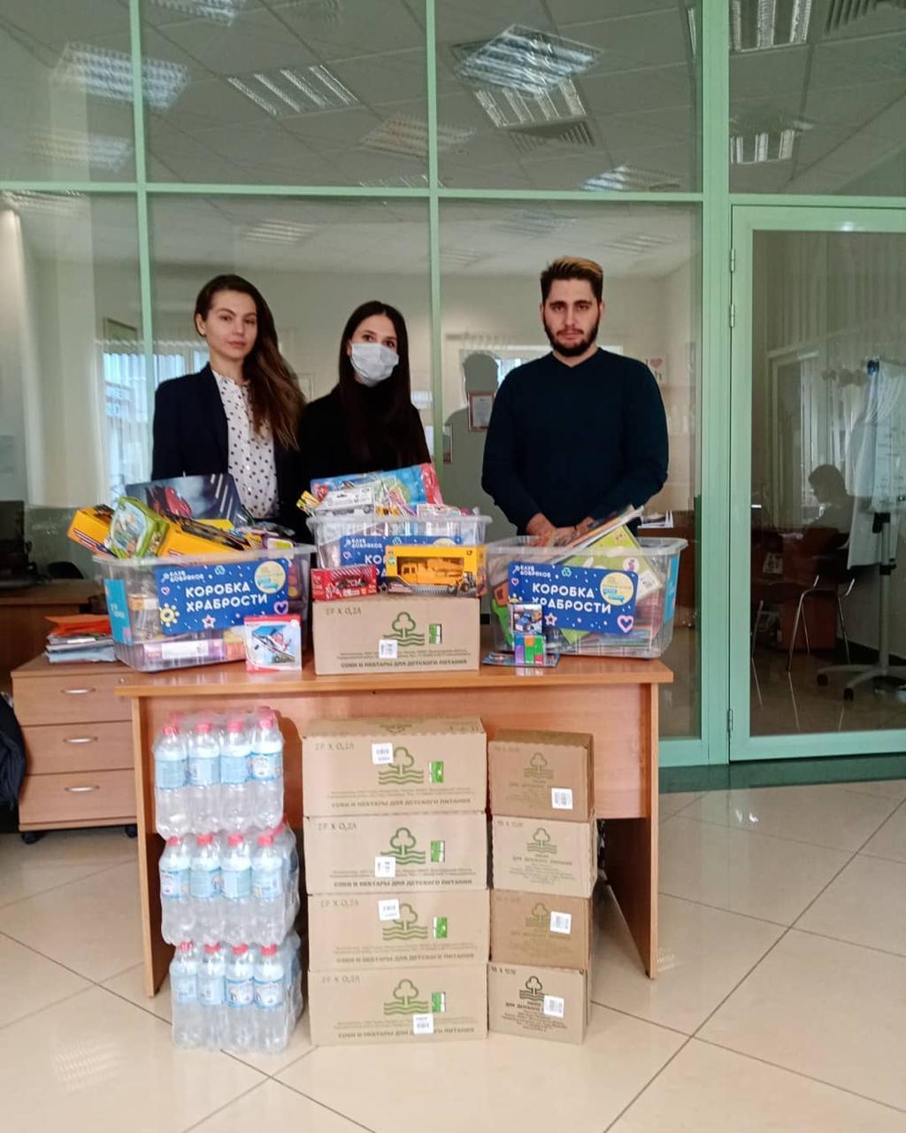 Сотрудники агрохолдинга «Сады Придонья» собрали  игрушки для коробки храбрости