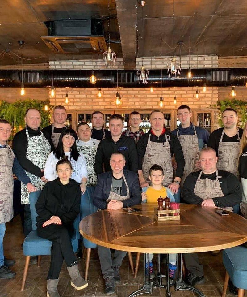 Добряки Ульяновска провели кулинарный мастер-класс для особенных пап